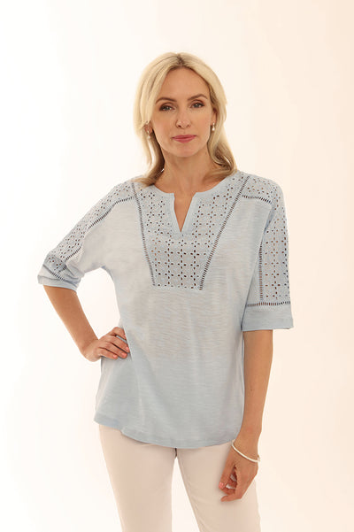 Eyelet trim notch neck t shirt 52005