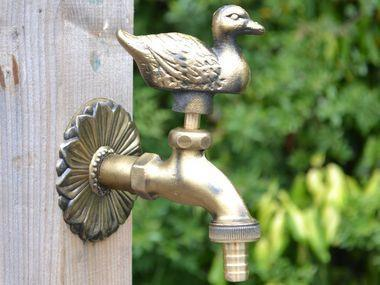 Duck Ornamental Brass Garden Tap - Garden Shop Online UK Online Garden Centre  - 1