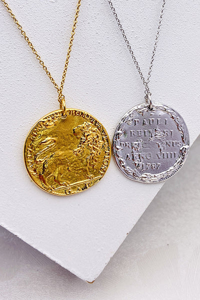 Women's Necklace Retro Coin Drops In Gold-Tone