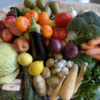 Family Essential Fruit & Veg Box