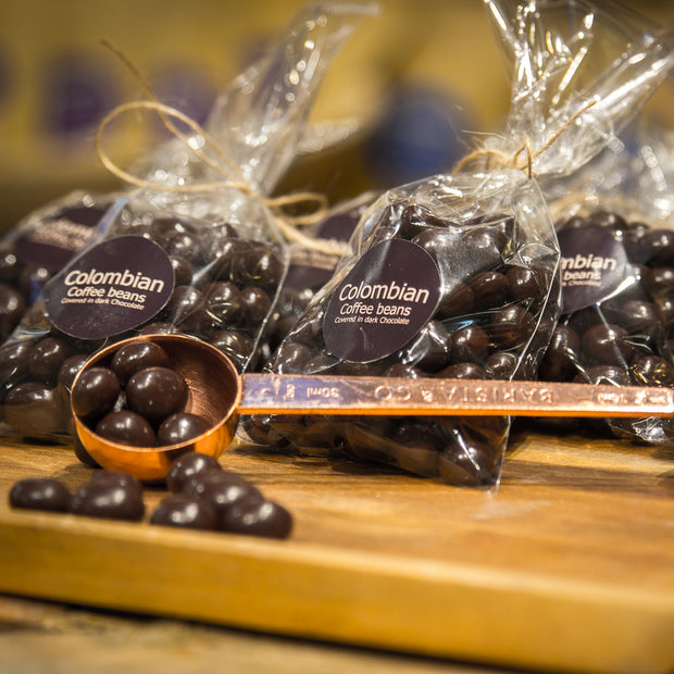 ROASTED COFFEE BEANS COVERED IN COLOMBIAN DARK CHOCOLATE
