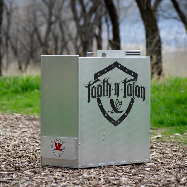 Tooth N Talon Logo - Custom Engraving