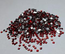 ASSORTED GEMS/RHINESTONES