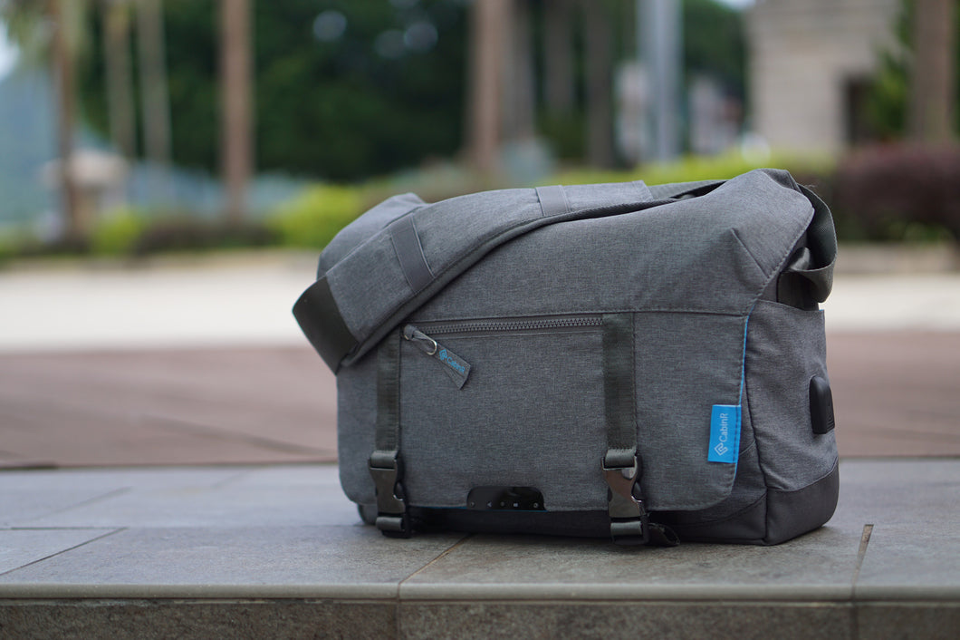 Vista Messenger Bag with Anti-theft Security Blanket