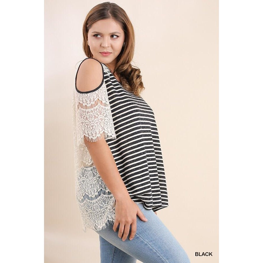 Stripe Shirt with Open Shoulders - Curvy