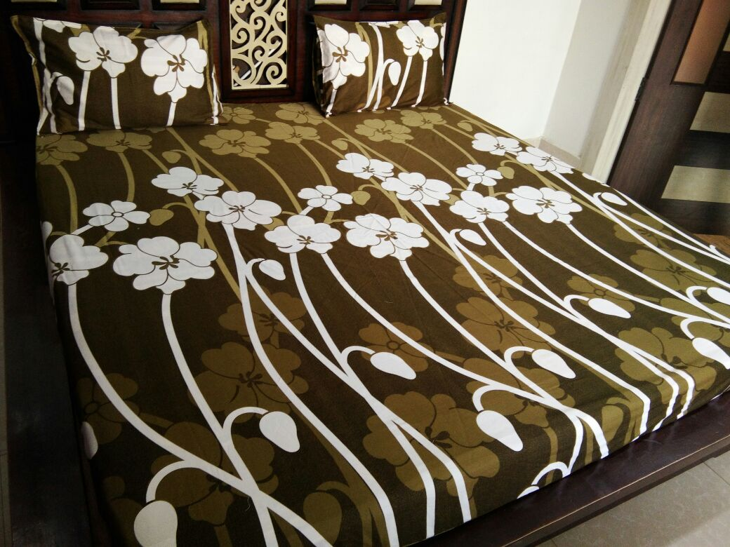 Big White Tulips on Green Fitted BedSheet
