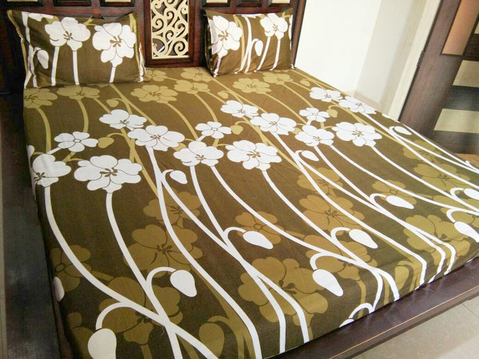 Big Lily Flower Stem on Brown Fitted BedSheet