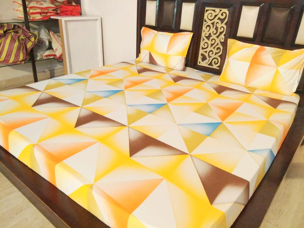 Shades of Yellow Geomtric Pattern Fitted BedSheet