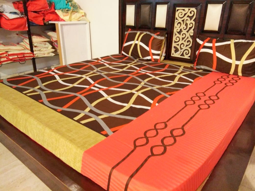 Criss-Cross Pattern on Shades of Brown Fitted BedSheet