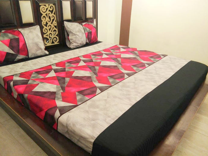 Geometric Pattern on Red & Grey Fitted BedSheet