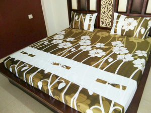 White Lily Strand on Green Fitted BedSheet
