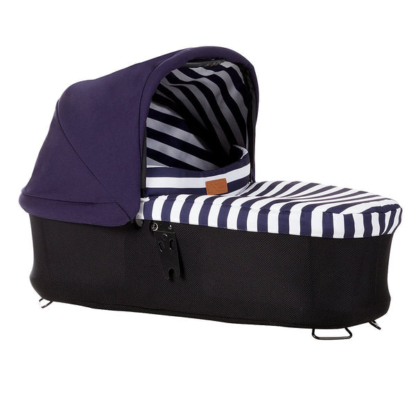 Mountain Buggy Urban Jungle luxury carrycot plus
