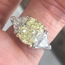 Load image into Gallery viewer, 3.7 Carat TW Fancy Light Yellow Oval Diamond Engagement Ring