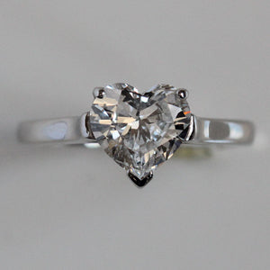 Tiffany Co. Ladies Platinum 1.51 ct Heart E VVS2 Diamond Ring