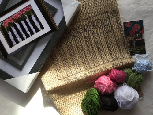Roses and stripes rug hooked kit