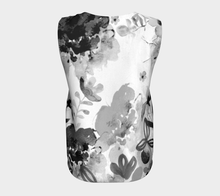 I Am A Queen Loose Tank by Deloresart in Greyscale - deloresartcanada