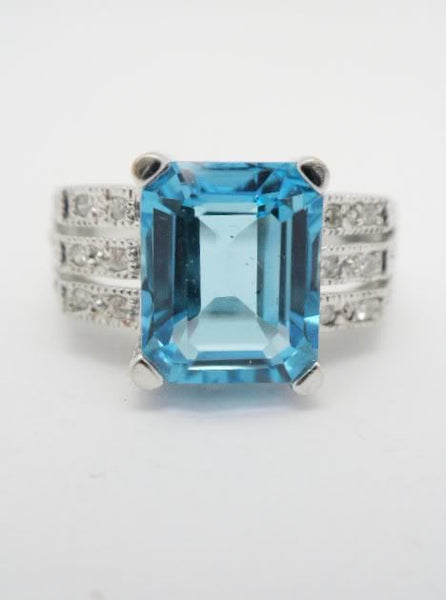 Blue Topaz & Diamond White Gold Ring 14K