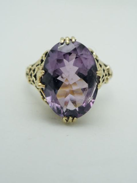 10k Amethyst Filigree Ring