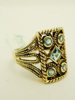 10K English Blue Topaz YG Ring