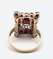 Ladies Vintage 10K Czech Garnet Ring