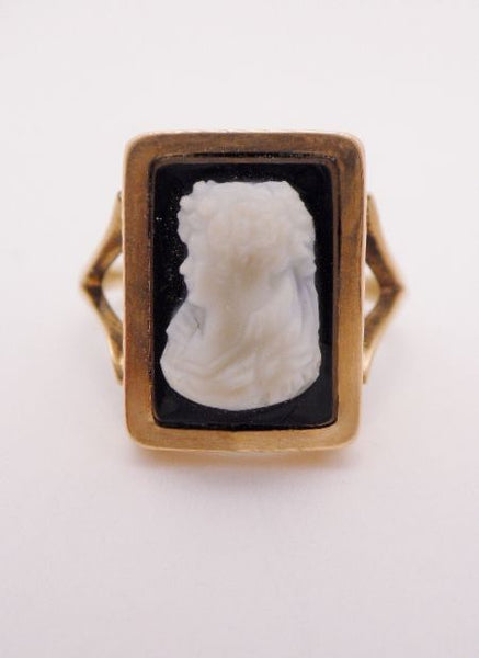14k Rose Gold Victorian Cameo Ring