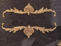 Antique Brass Pediment Center Mount Garlands Cabinet Frame Mount 16.5""