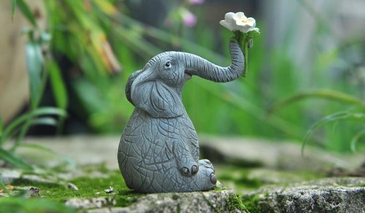 Cute Resin Elephant Figurines Animal Statue Ornaments Home and Garden Decor Crafts