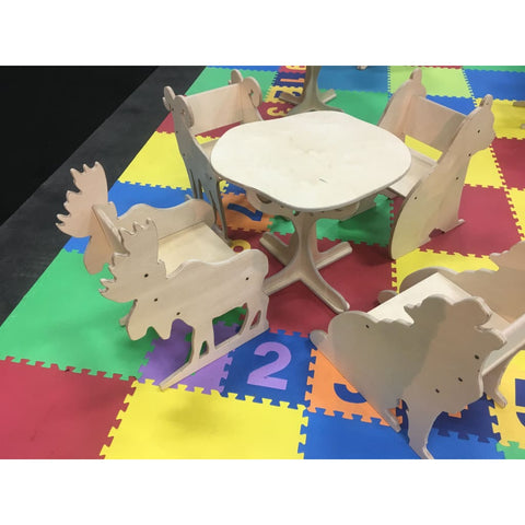 5 Piece Woodland Animal Table And Chair Set - Table And Chair Set