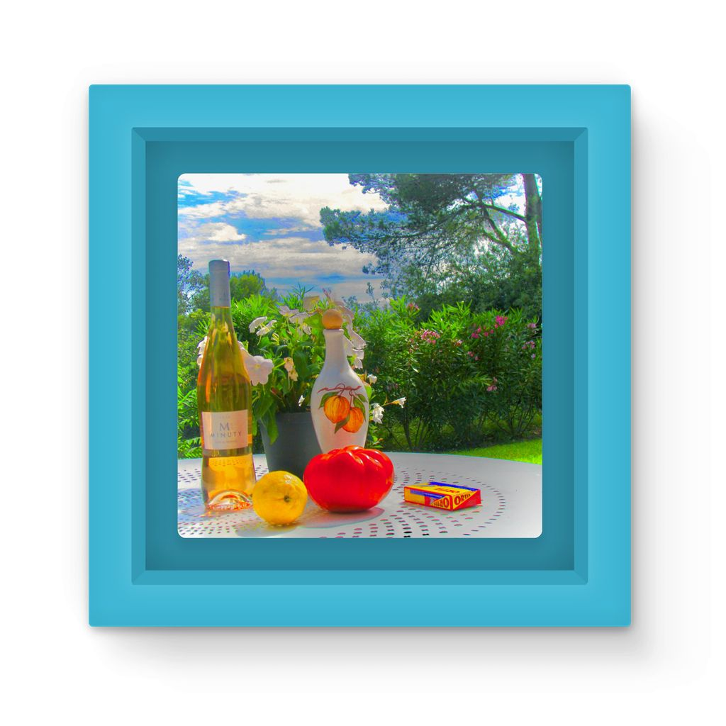 Summer Style Study - Magnet Frame - Art Beauty Fashion