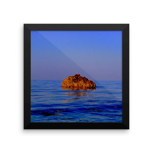 Stone in Ocean Study - Framed photo paper poster - Art Beauty Fashion