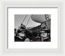 Panda Bear Shanghai - Framed Print that fits in every high class modern luxury appartment - Art Beauty Fashion