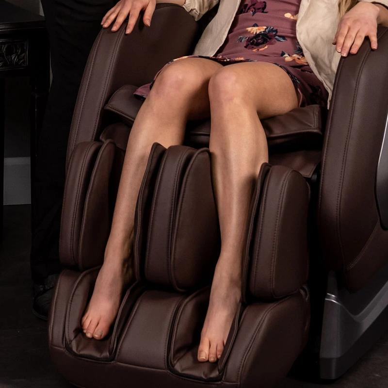 Massage chair with foot massage