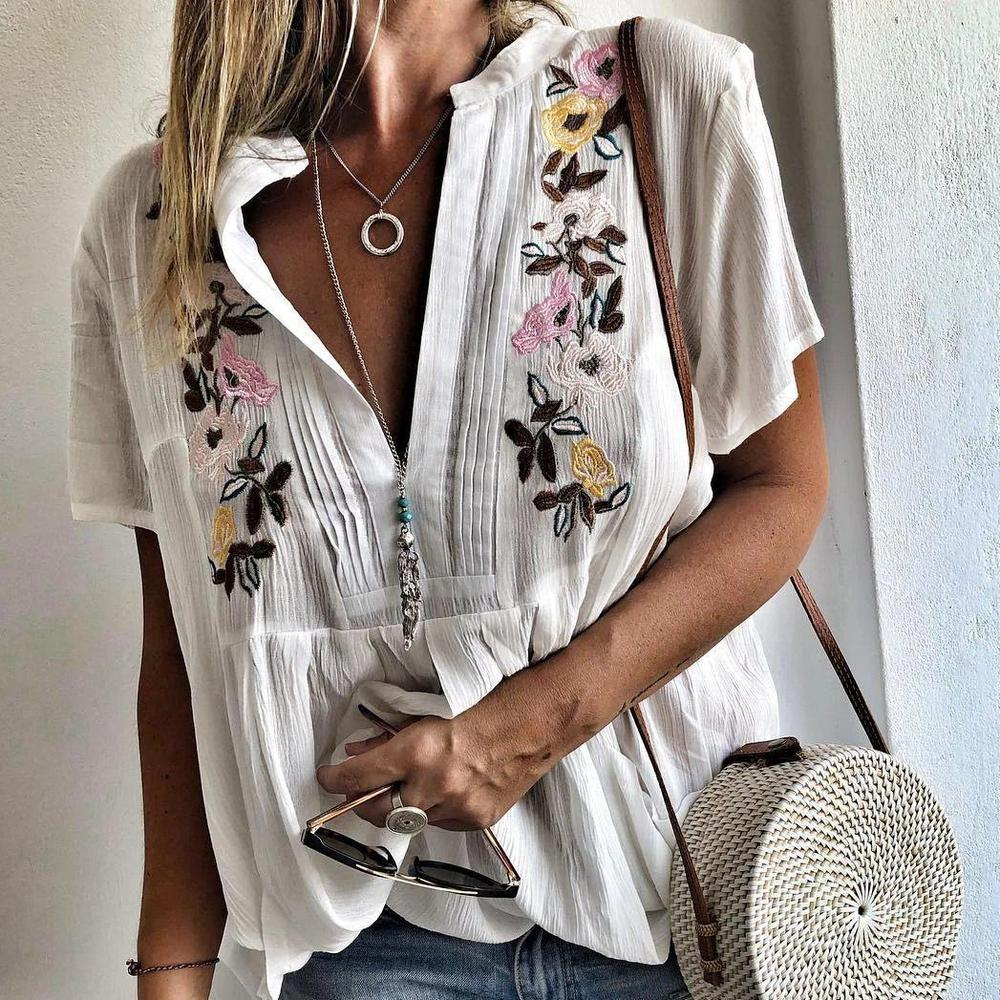 Ficcia Simple V-Neck Short Sleeve Loose Printed Blouse