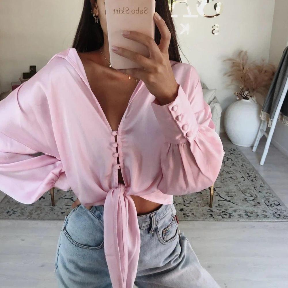 Ficcia Gentle Pink V-Neck Short Top
