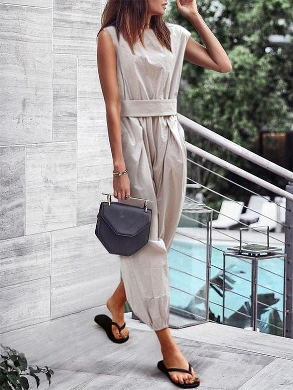 Ficcia Simple Fashion Grey Round Neck Sleeveless Fitted Jumpsuit