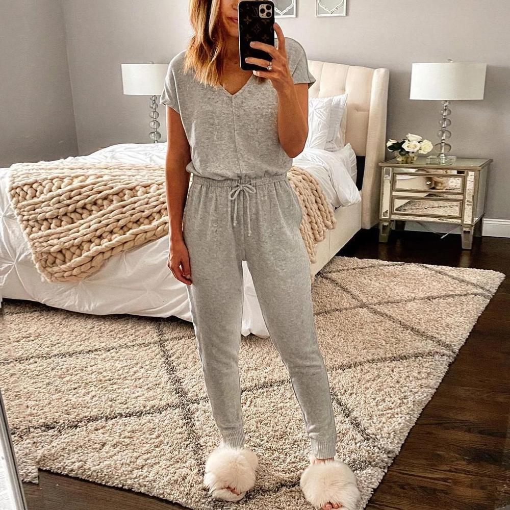 Ficcia New Solid Color V-Neck Lounge Set