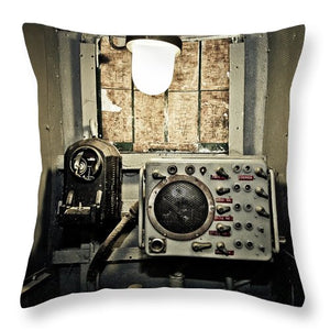Uss Yorktown Speaker Box Two - Throw Pillow