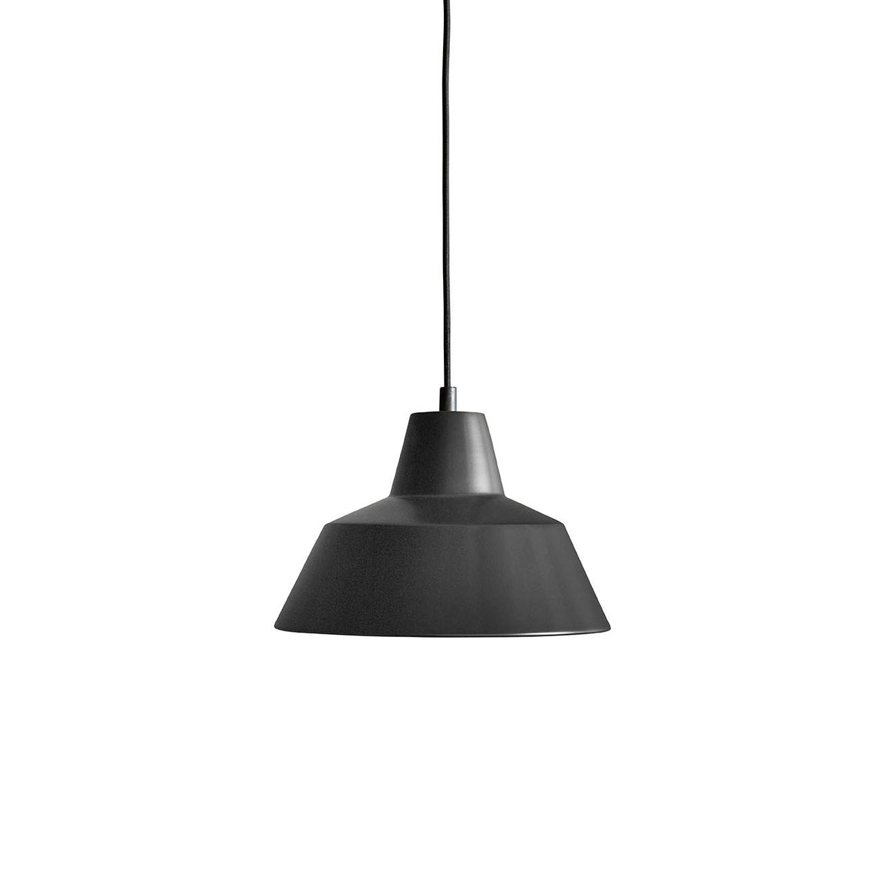 Workshop Pendant Lamp W2: Matte Black