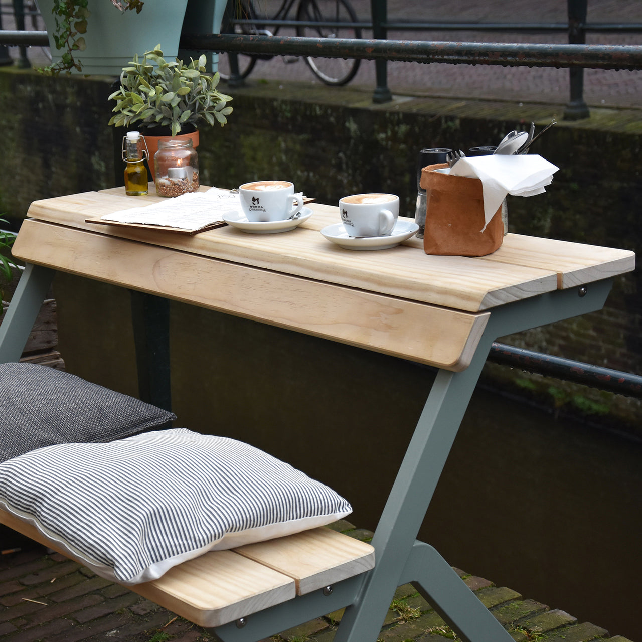 Tablebench 2-Seater
