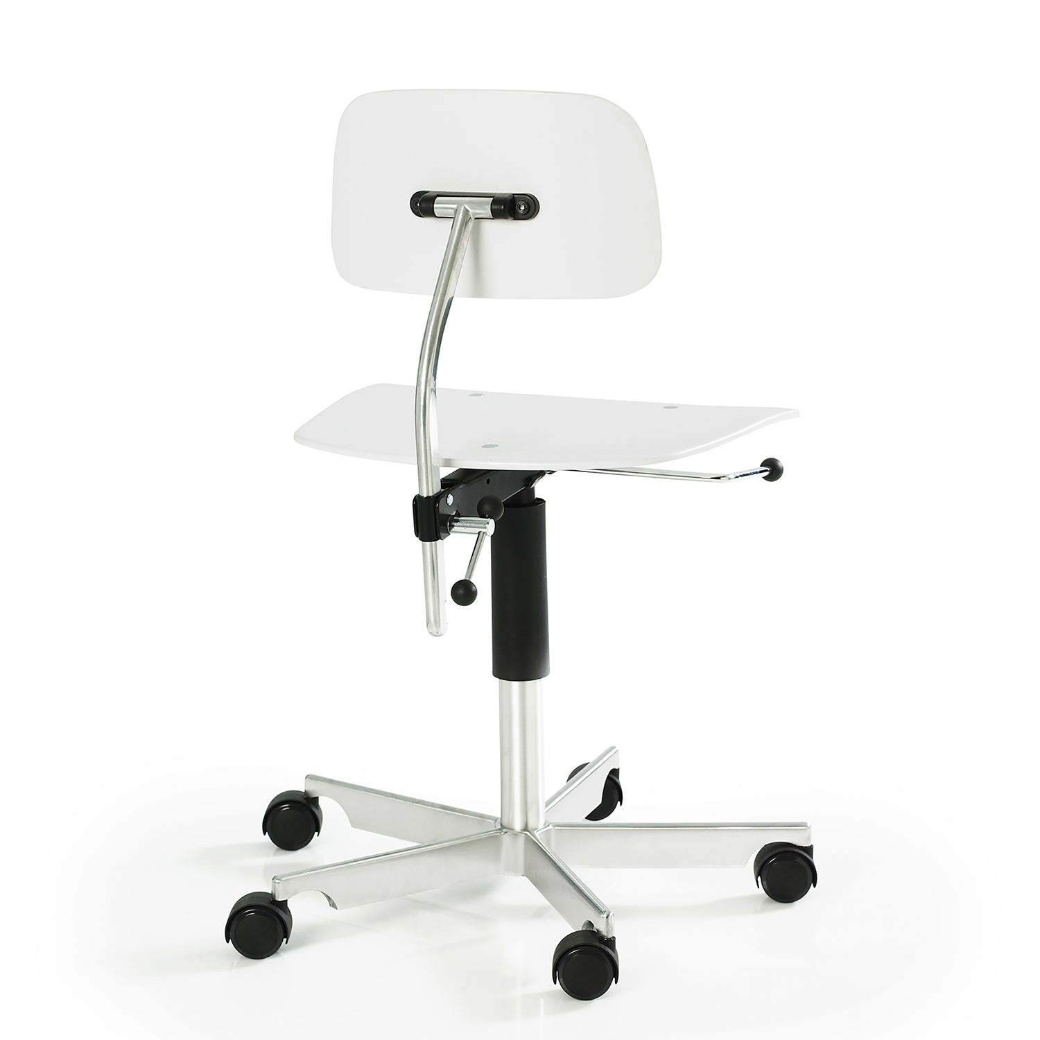 Kevi Chair 2533: Wood + White Lacquer