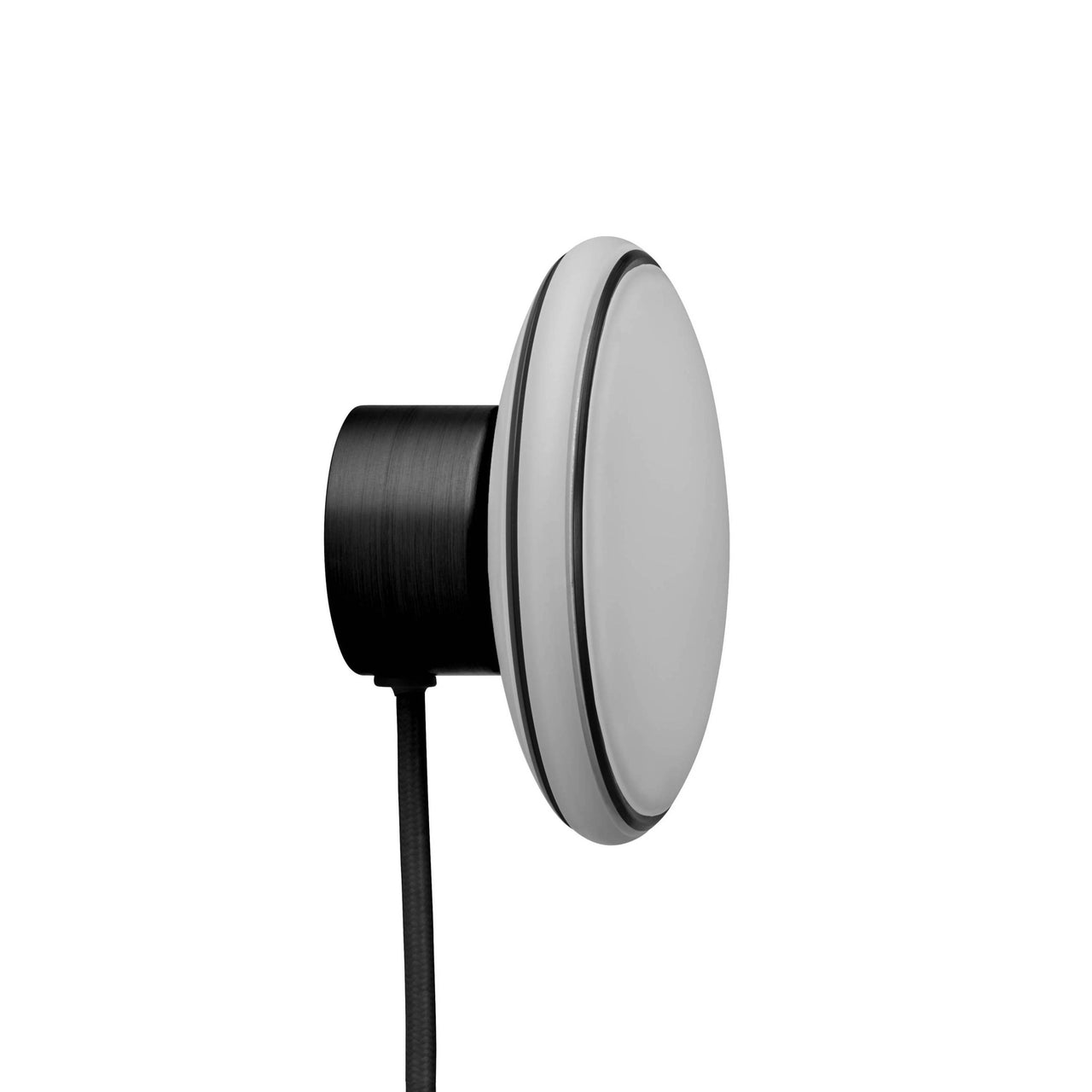 ØS1 Wall Lamp: Black + Black + Without Node