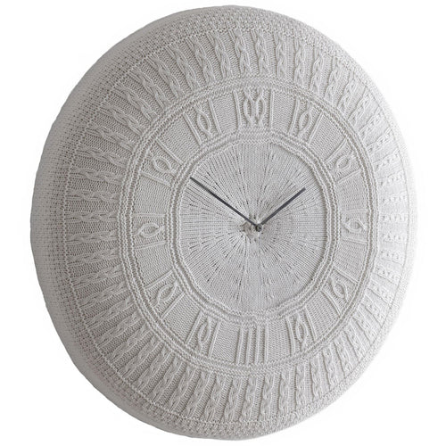 Gomitolo Wall Clock: Sweater Knit