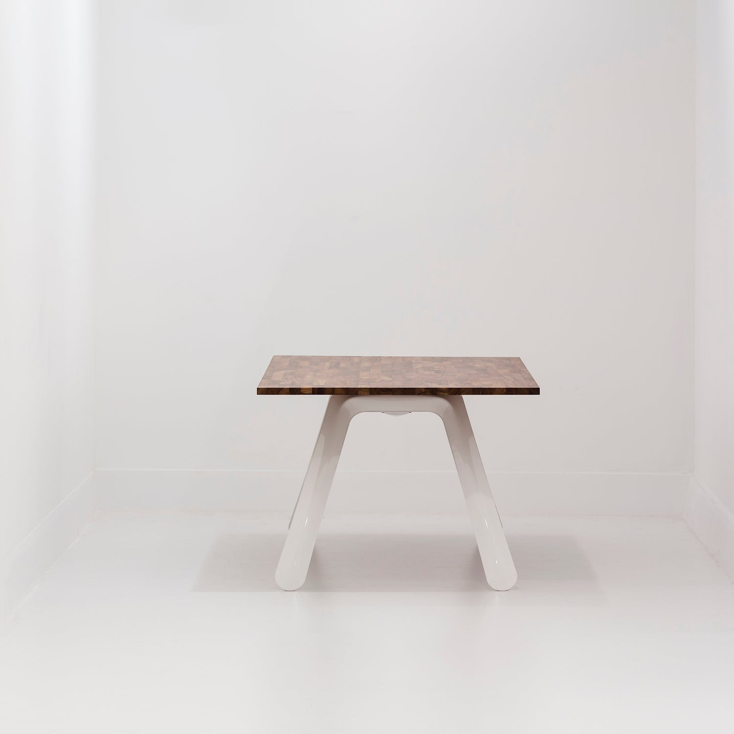 Nogi Table Base