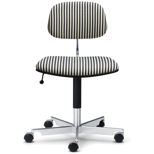 Kevi Chair 2534: Front Upholstered