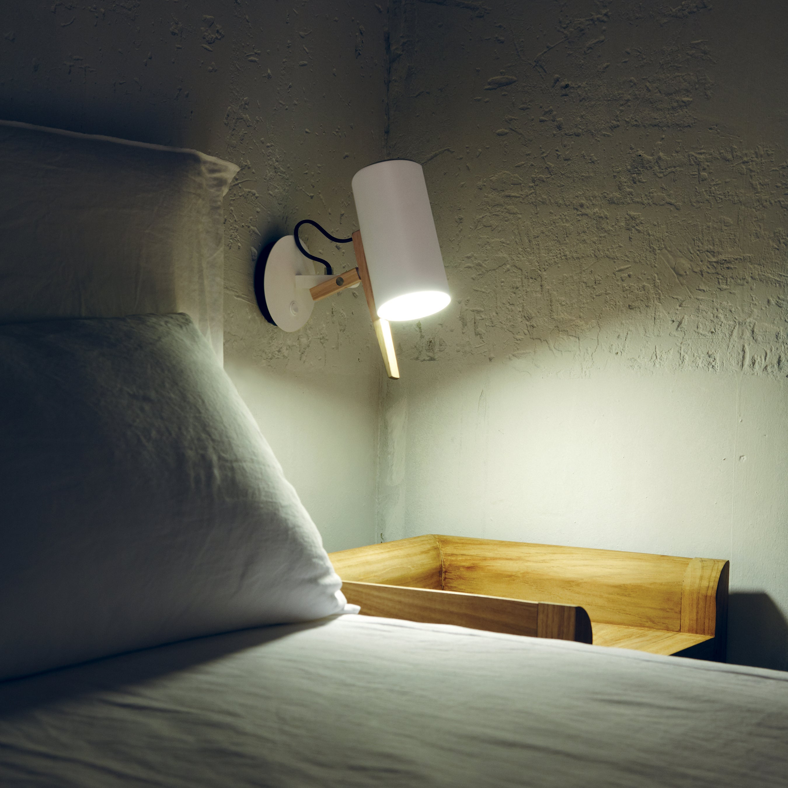 Scantling Wall Light