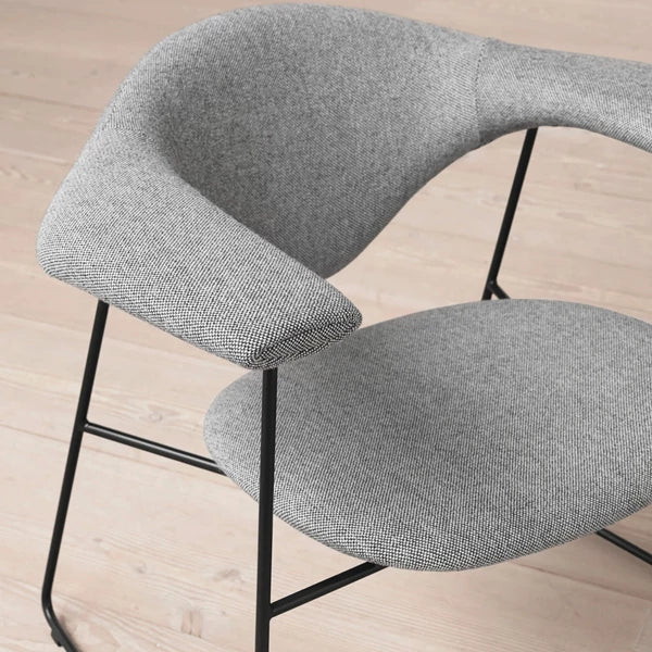 Masculo Lounge Chair: Sledge Base