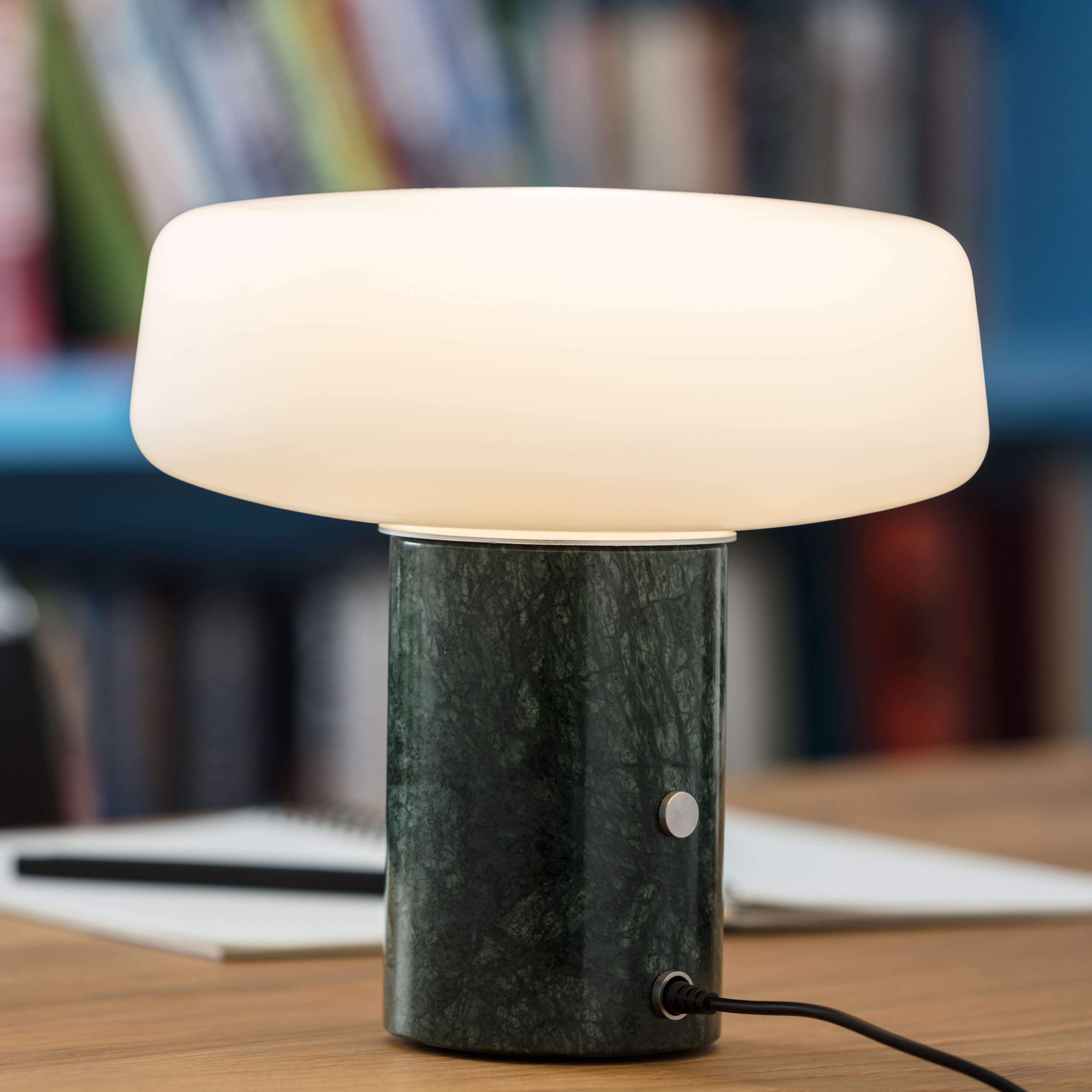 Solid Table Light