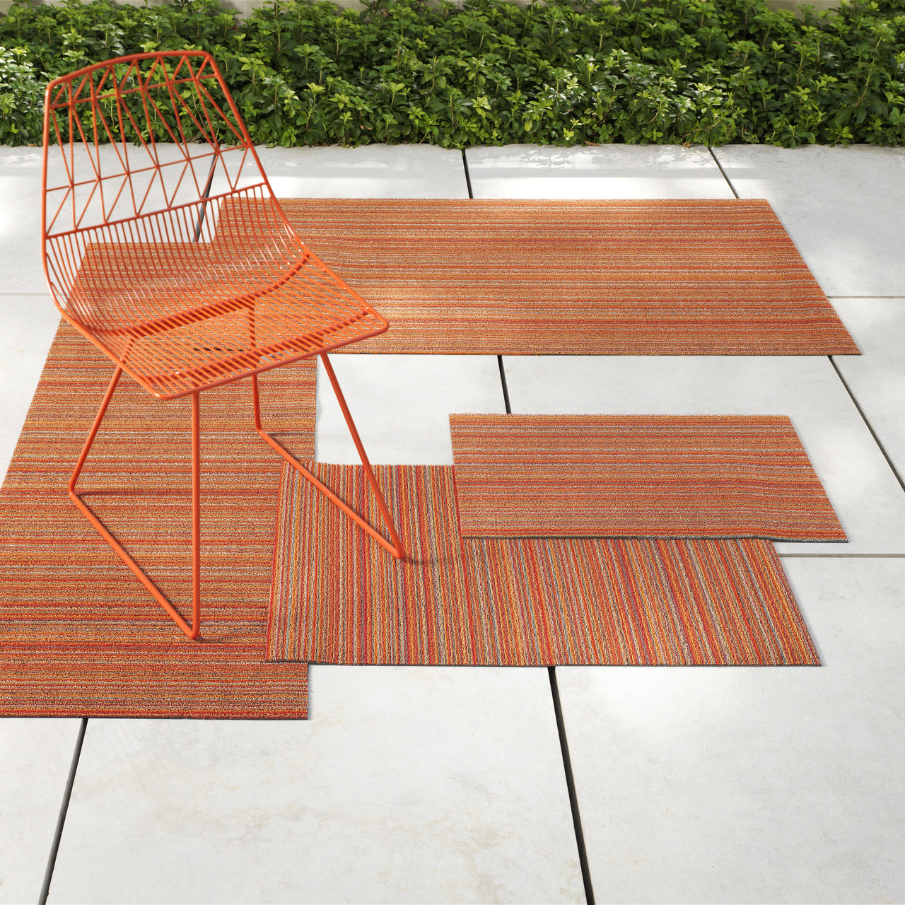Skinny Stripe Shag Indoor/Outdoor Floor Mat