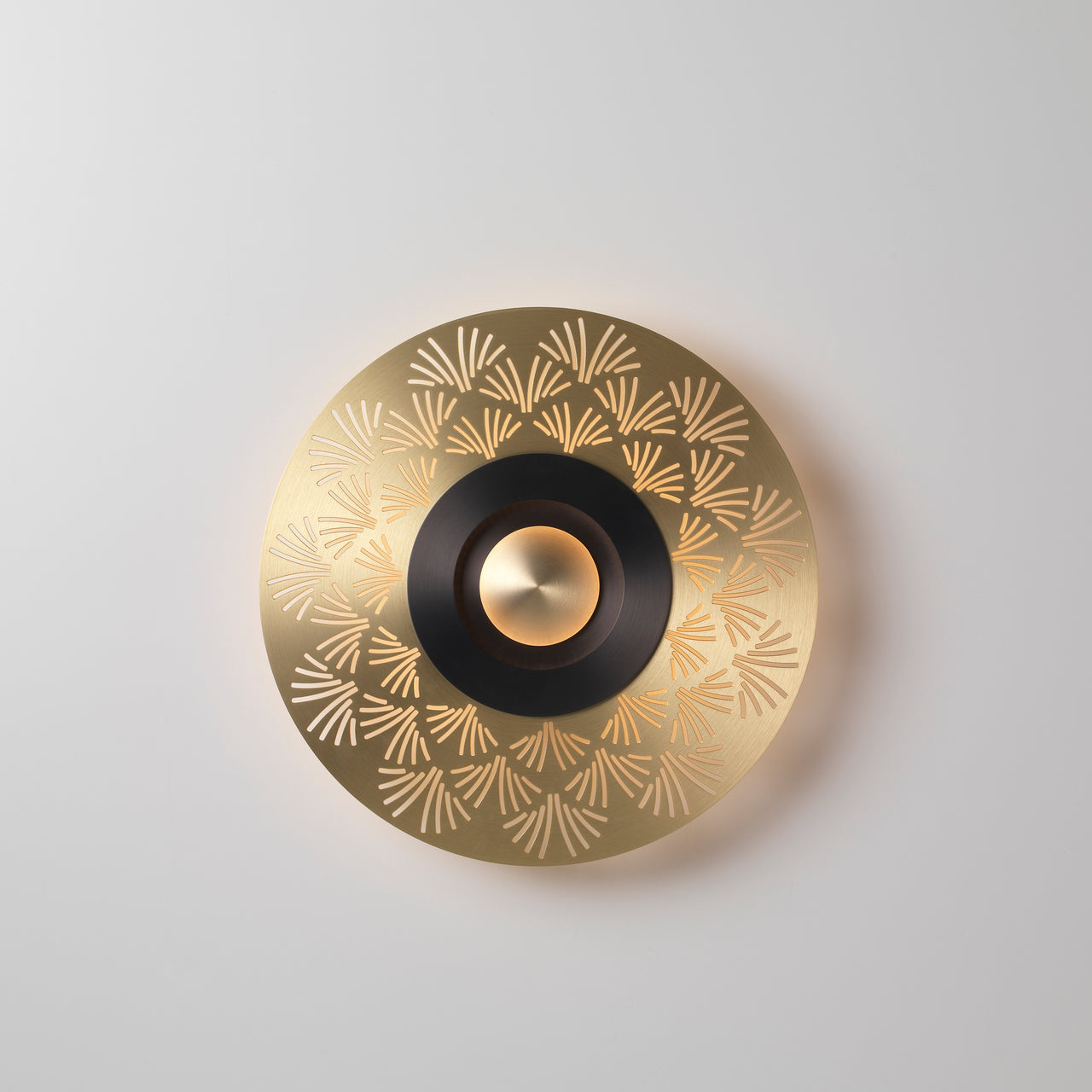 Earth Wall Light: Palm