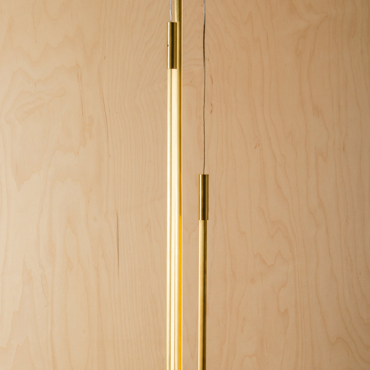 Thin Vertical Suspension Light